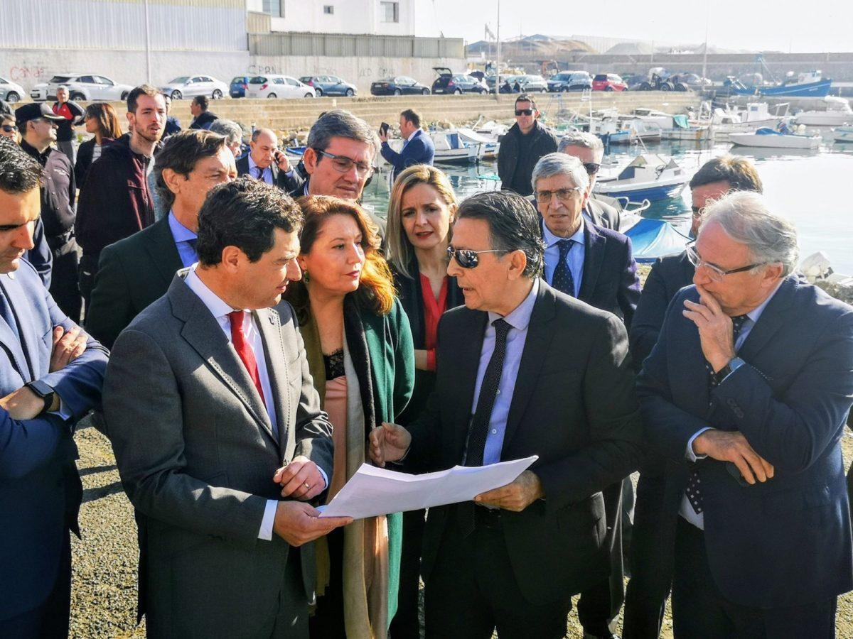 presidente-juanma-moreno-junta-de-andalucia-puerto-pesquero_3
