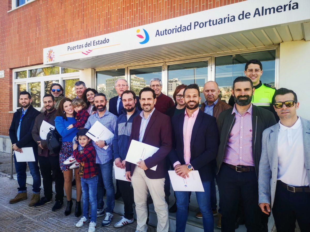 presidente-policias-portuarios-firma-contratos-fijos_7