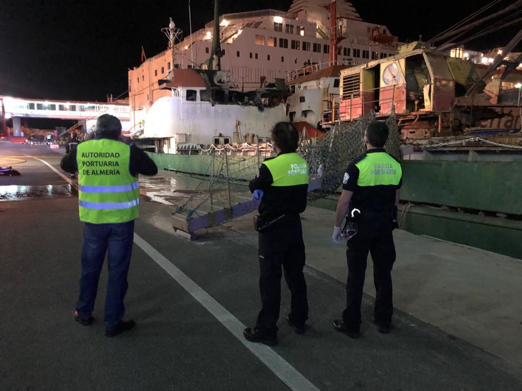 policia-portuaria-apoyo-incendio