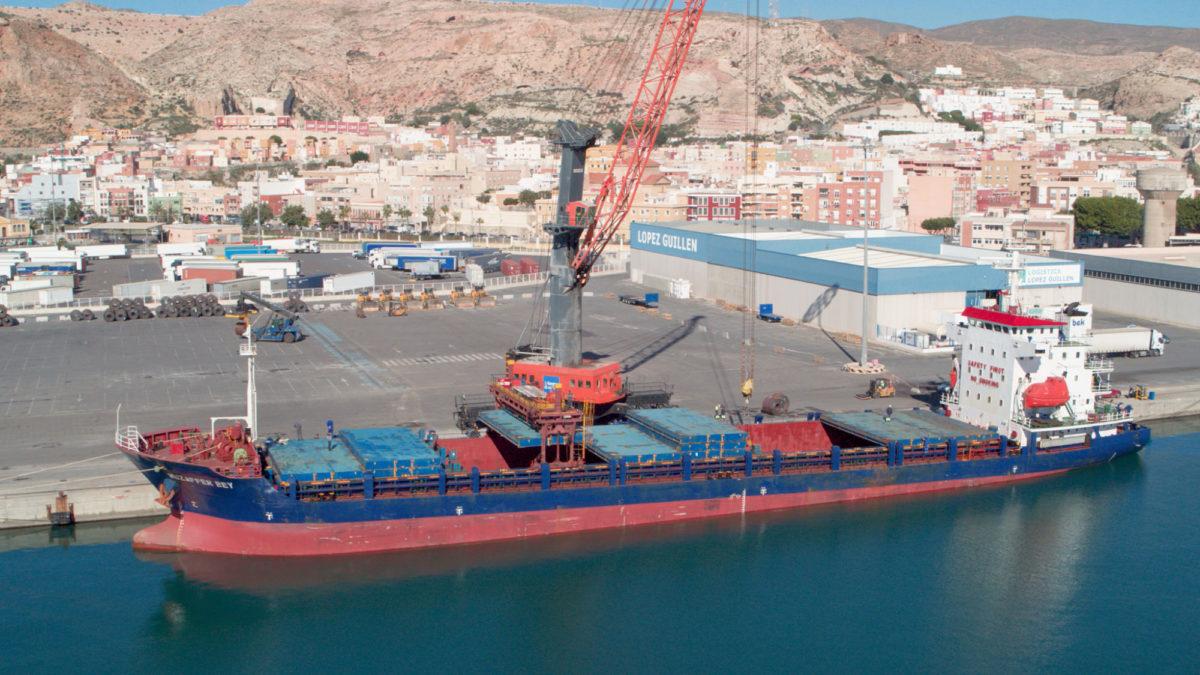puerto-almera_mercanca