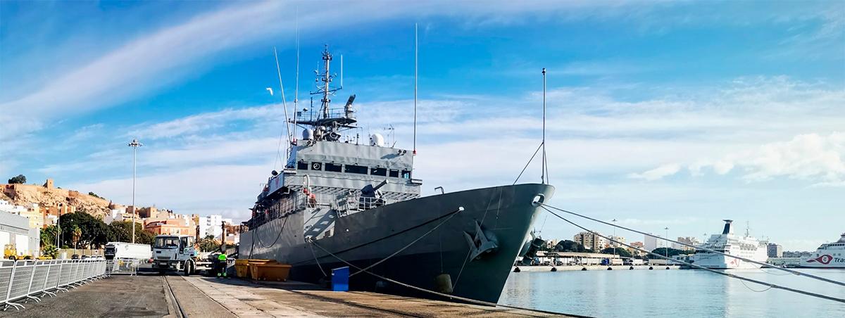 centinela-armada-española-puerto-almeria