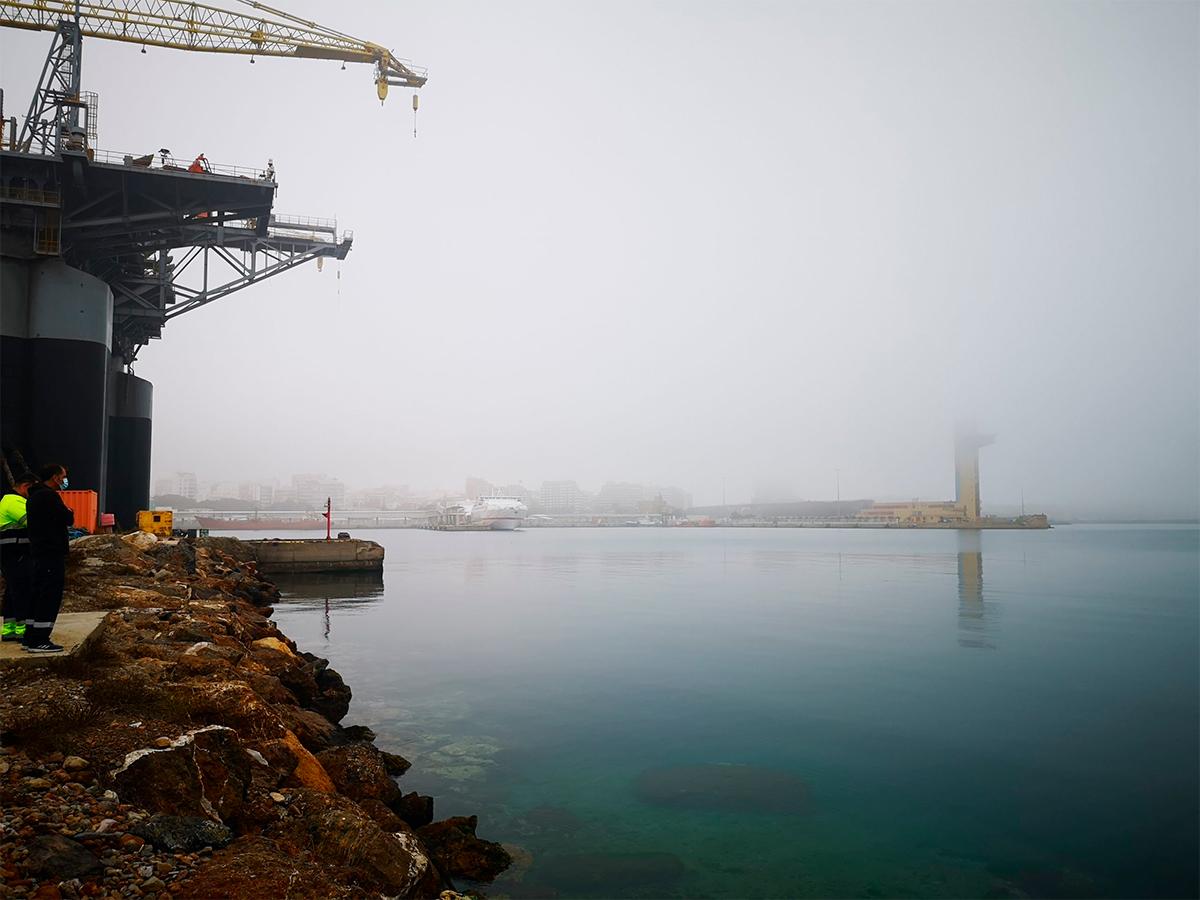 puerto-almeria-dia-nubloso