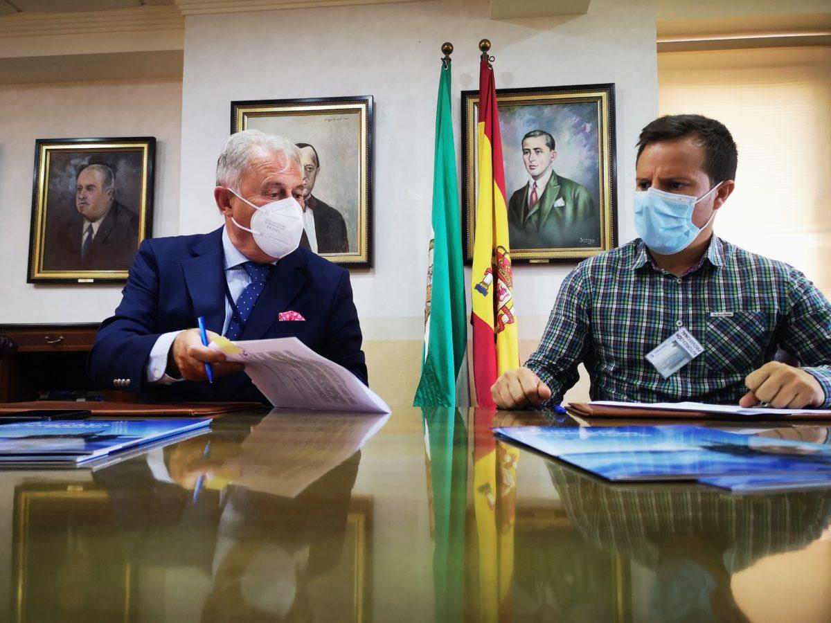 Firma del contrato para la construcción del sistema de drenaje en el Puerto de Carboneras