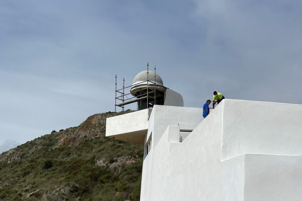 Construcción de la cúpula del nuevo faro de Mojácar