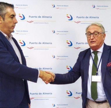 Firma del contrato con Incoal para la construcción del nuevo edificio policial del Puerto