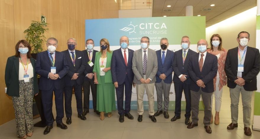 Los presidentes de los Puertos andaluces, el alcalde de Málaga, el presidente de Puertos del Estado y la gerente de Suncruise, en el 2º Congreso de CITCA